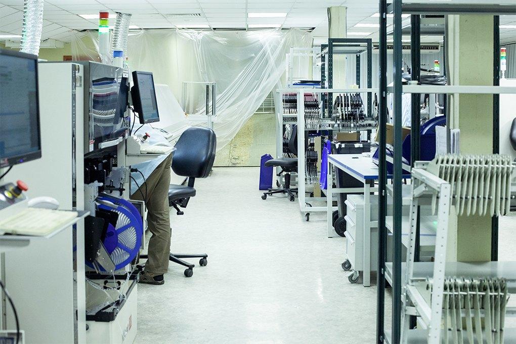 Производственный процесс: Как делают платы для электроники. Изображение № 26.