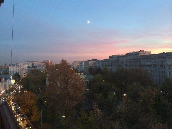 Осенний закат вМоскве. Изображение № 10.