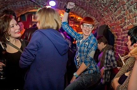 Дожить до рассвета: Бары и клубы Петербурга в новогоднюю ночь. Изображение № 26.