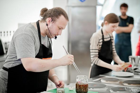 Omnivore Food Festival: Иван Шишкин готовит пеммикан и черемуховые полбяные пряники. Изображение № 49.
