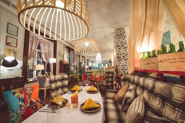 Команда «Гостей» открыла ресторан на Петроградской стороне . Изображение № 2.