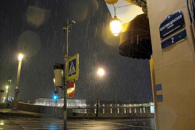 Художники вернули площади Восстания иСоциалистической улице исторические названия . Изображение № 1.