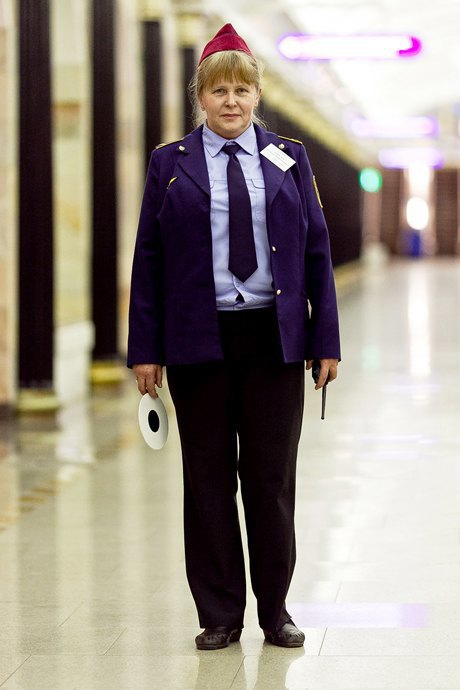 Люди в городе: Первые пассажиры ночного метро . Изображение № 11.