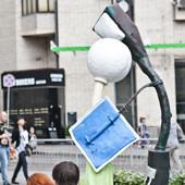 В парке Шевченко установили памятник бабушке. Изображение № 3.
