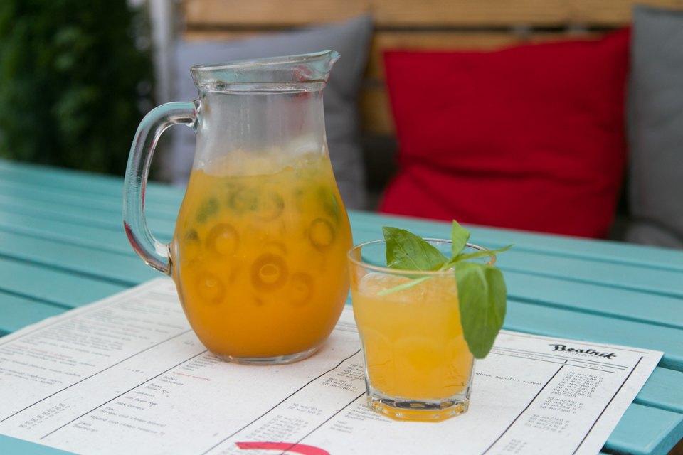 Облепиховый лимонад — 410 рублей за кувшин. Изображение № 12.