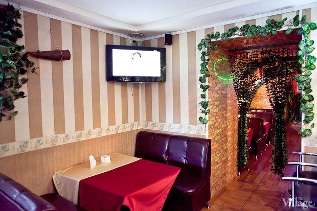 Все свои: Грузинский кафе-бар наКадетской. Изображение № 4.
