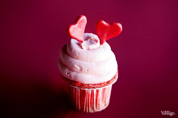 Капкейки, украшенные ко Дню святого Валентина — 150 рублей. Изображение № 34.