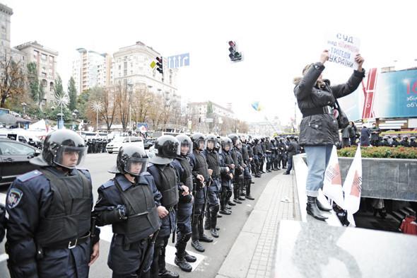 Copwatch: Действия милиции на Крещатике в день оглашения приговора Юлии Тимошенко. Зображення № 5.