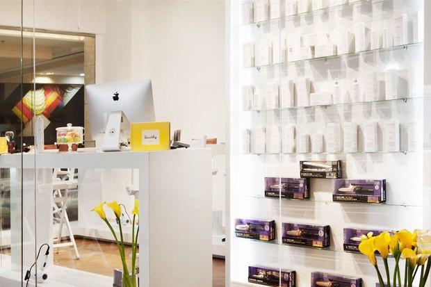 В «Афимолле» открылось кафе с экспресс-укладками. Изображение № 4.