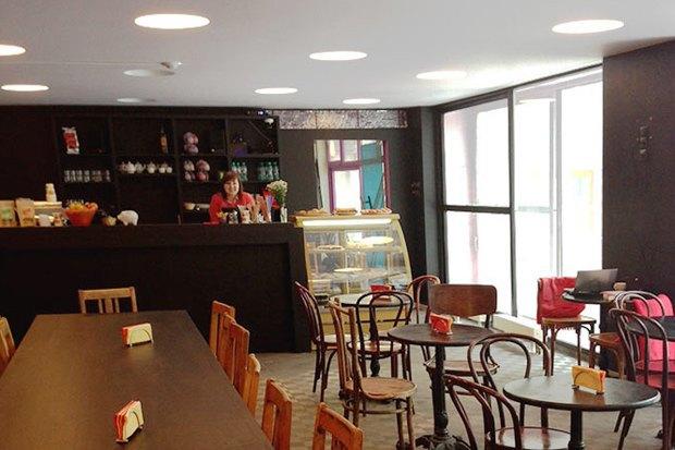 Кафе «Лебедева» в«ЗИЛе», новые«Марукамэ», шоколадный бар MaxBrenner иWhiteRabbitGastroBar. Изображение № 1.