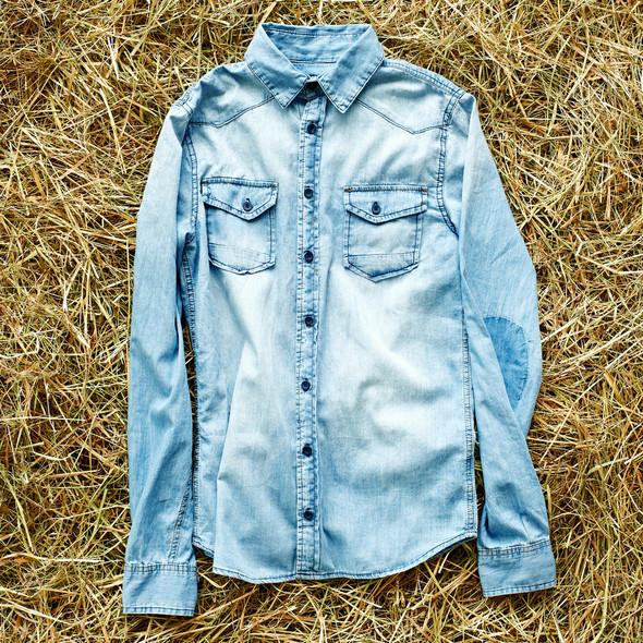Вещи недели: 15 джинсовых рубашек. Изображение №11.