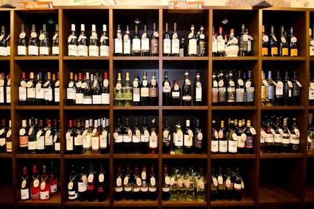 На Рубинштейна открылся винный бар. Изображение № 4.