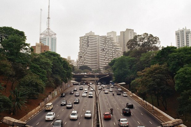 Что происходит в Сан-Паулу вовремя чемпионата мира пофутболу. Изображение № 1.