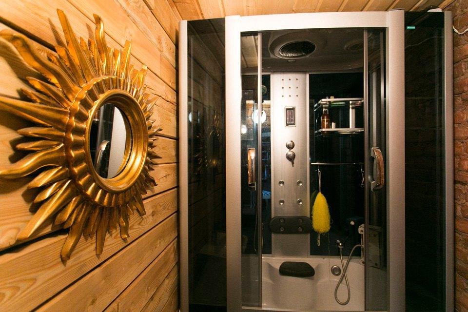 Квартира художника смансардой. Изображение № 18.