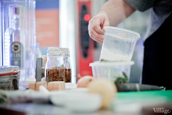 Omnivore Food Festival: Иван Шишкин готовит пеммикан и черемуховые полбяные пряники. Изображение № 45.