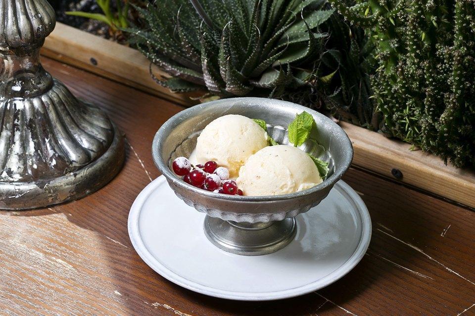 Мороженое: 32вида снеобычными вкусами. Изображение № 29.