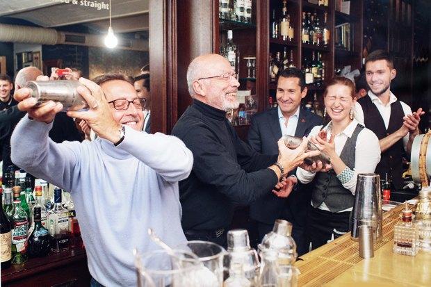Бартендер Питер Дорелли— овтором золотом веке алкогольной индустрии. Изображение № 2.