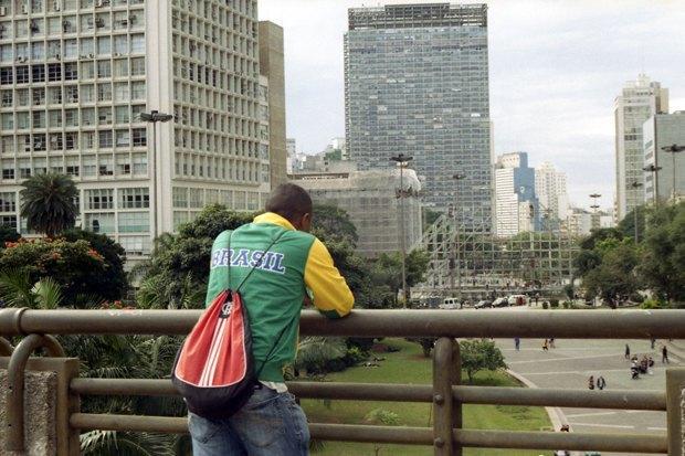 Что происходит в Сан-Паулу вовремя чемпионата мира пофутболу. Изображение № 6.
