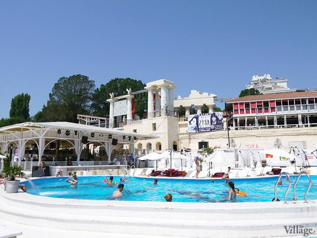 На песке: 5 пляжных клубов Одессы. Зображення № 24.