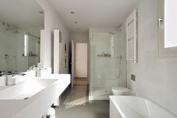 Как обустроить большую ванную комнату. Изображение № 4.