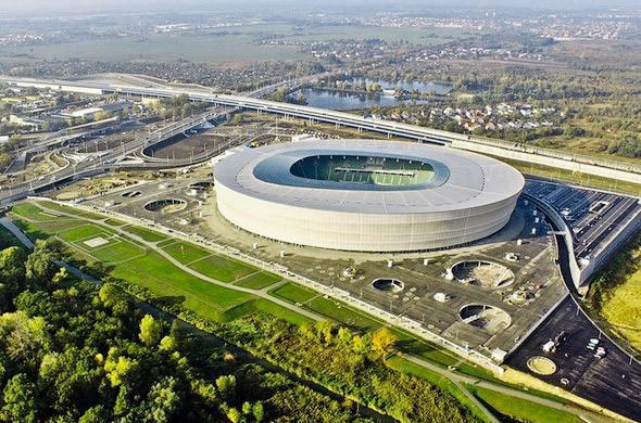 «Олимпийский» назвали лучшим стадионом Евро-2012. Зображення № 7.