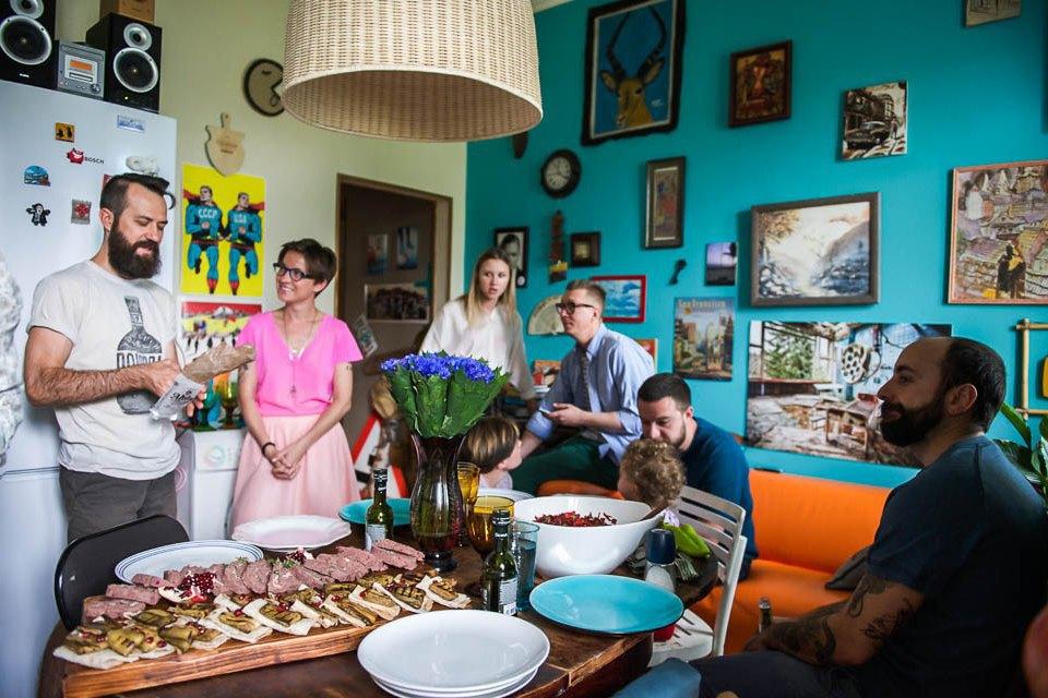 Кто изачем устраивает домашние званые ужины иобеды вМоскве. Изображение № 32.