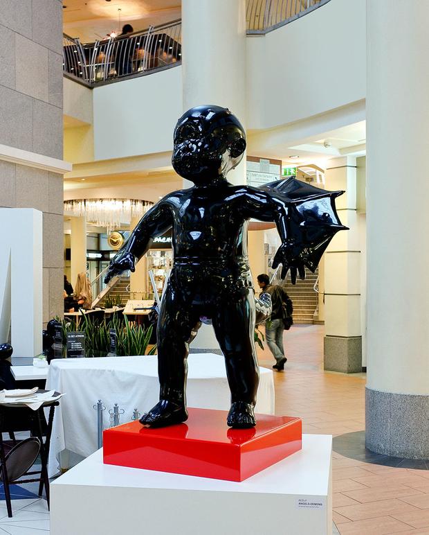 В «Атриуме» установили скульптуры AES+F. Изображение № 2.