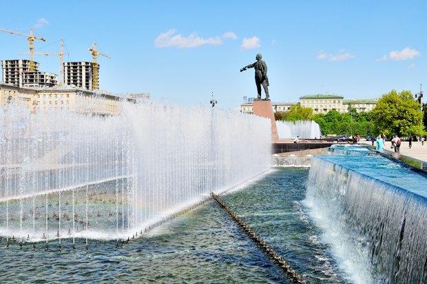 Петербург как дауншифтинг для москвича: Лев Лурье— одвух городах, либеральном иевразийском. Изображение № 3.