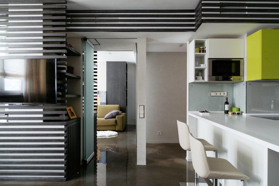 Трёхкомнатная квартира сэклектичным интерьером. Изображение № 11.