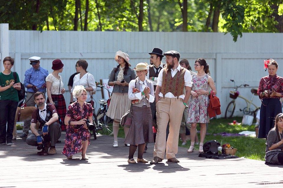 Люди в городе: Участники «Твидового вояжа» в Петербурге. Изображение № 17.