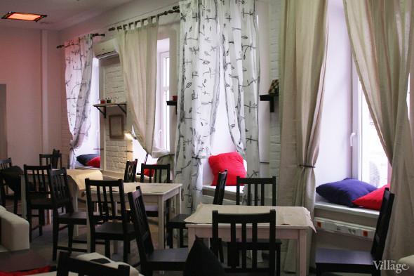 В Петербурге открывается кафе, где посетители платят за время. Изображение № 4.