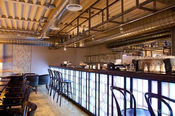 Общая кухня: Кафе-бар Iskra, кафе «Молоко», Genius Bar и Cafe Brocard на «Флаконе». Изображение № 27.