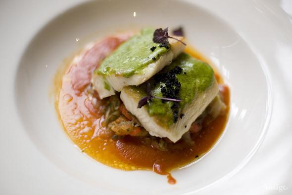 «Черная треска и запеченные овощи под травяным соусом» в ресторане «The Сад». Изображение № 33.