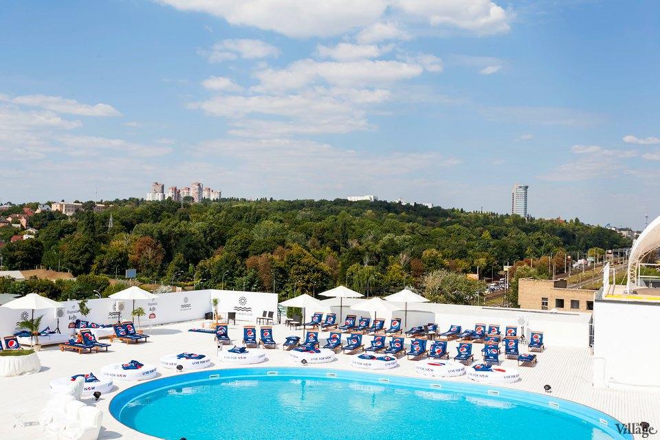 Фоторепортаж: Пляжный клуб на крыше Ocean Plaza . Изображение № 12.