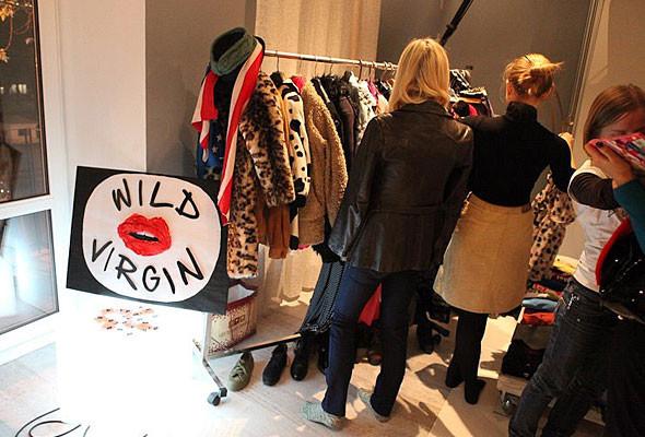 В Киеве можно будет обменяться ненужной одеждой и обувью. Изображение № 7.