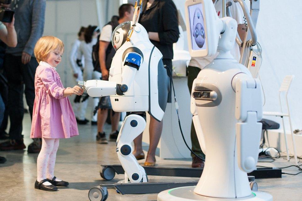 Как выглядит «Бал роботов» наArtplay. Изображение № 20.
