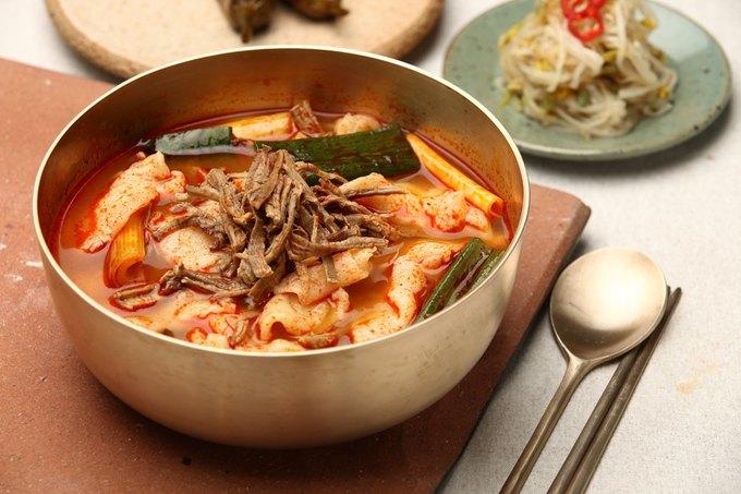 Ввоскресенье наБольшойКонюшенной открывается ресторан Kim&Chi . Изображение № 2.