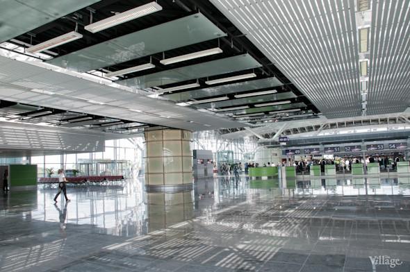Фоторепортаж: В аэропорту Борисполь открыли самый большой на Украине терминал. Зображення № 9.