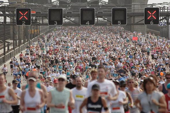 Иностранный опыт: 5 городских марафонов. Изображение № 79.