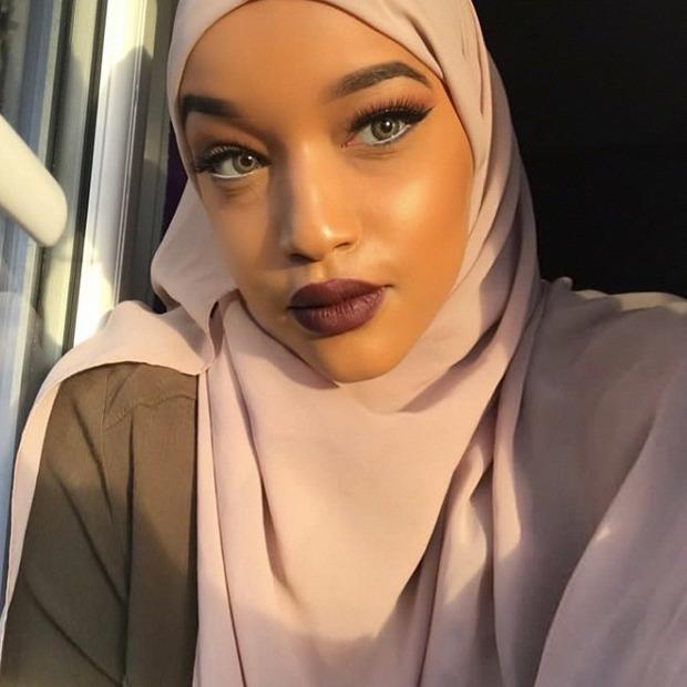 Халяльный макияж: Как сочетаются косметика и ислам — Красота на Wonderzine