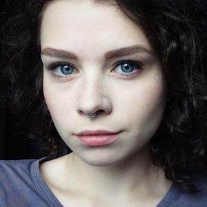 «Мне казалось, что я в аду»: Как я живу с эндометриозом
