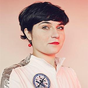 Нелли Бен Хаюн об арт-проектах с NASA и научных опытах на кухне — Интервью на Wonderzine