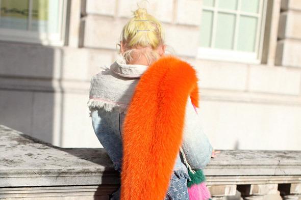 Streetstyle: Неделя моды в Лондоне, часть 1 — London Fashion Week  на Wonderzine