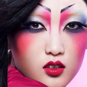 В чем косметика  масс-маркета выигрывает  у люксовой — Мнение на Wonderzine