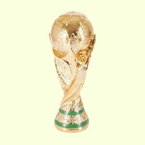 Девушки комментируют  чемпионат мира  по футболу