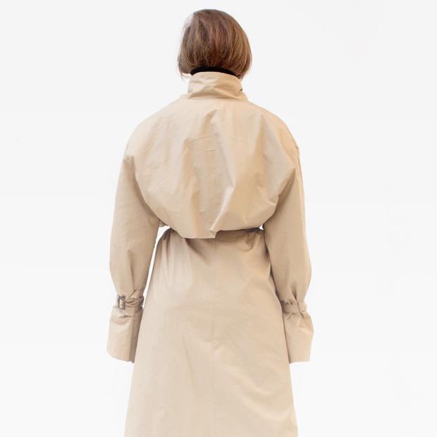 Ведущий дизайнер и пилотесса Маша Мелкосьянц о любимых нарядах — Гардероб на Wonderzine