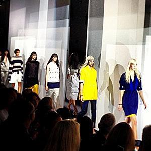 Главные показы  выходных дней  Paris Fashion Week — Paris Fashion Week SS 2014 на Wonderzine