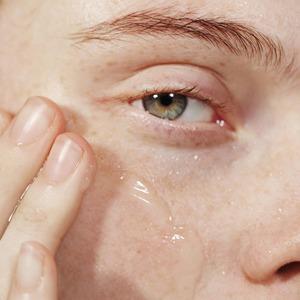 Салонный уход: Увлажняющие процедуры для лица, тела и волос — Здоровье на Wonderzine