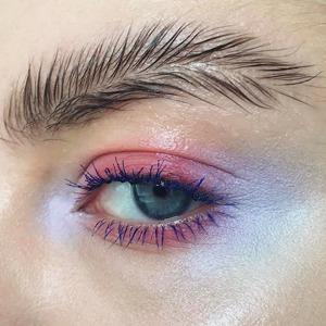 Инстаграм всему голова: Почему странные тренды в макияже — это хорошо — Мнение на Wonderzine