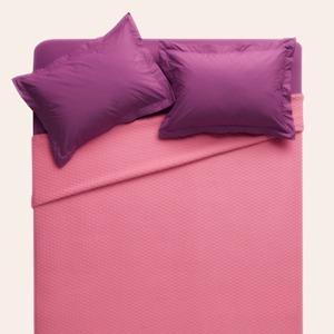 Вместе или отдельно: Нужно ли партнёрам спать  в одной кровати